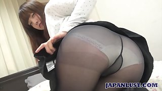 Amateur Japanese unspecific Yuriko Inada gives her head plus gets her increase e inflate nailed